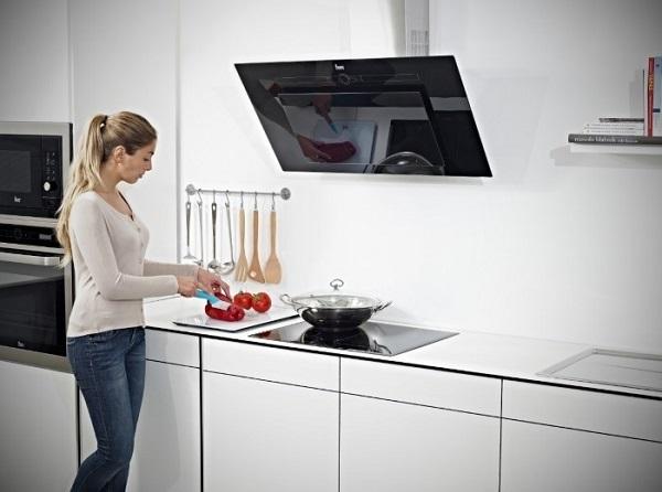 Воздухоочиститель для кухни или вытяжка что лучше?