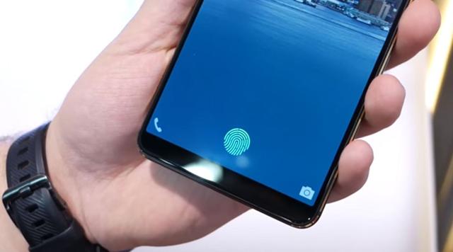 samsung создаст экран со встроенной камерой и сканером отпечатков