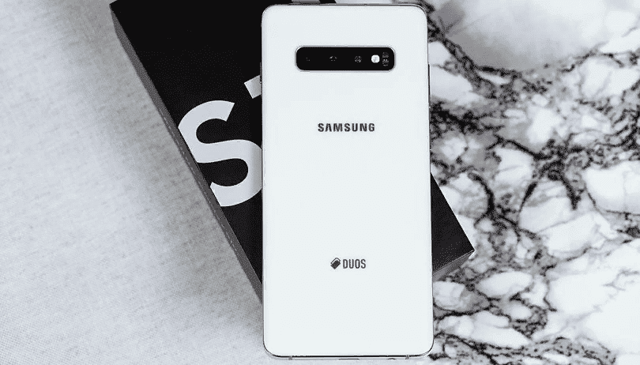 samsung galaxy s10 vs note 9 – кто круче? Сравнение смартфонов
