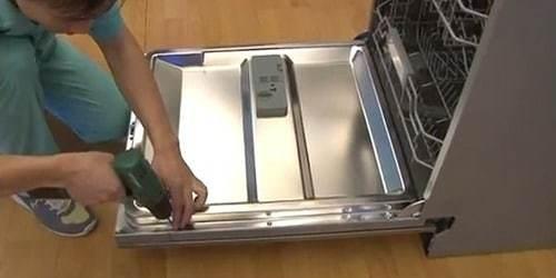 Что делать, если посудомоечная машина не набирает воду?
