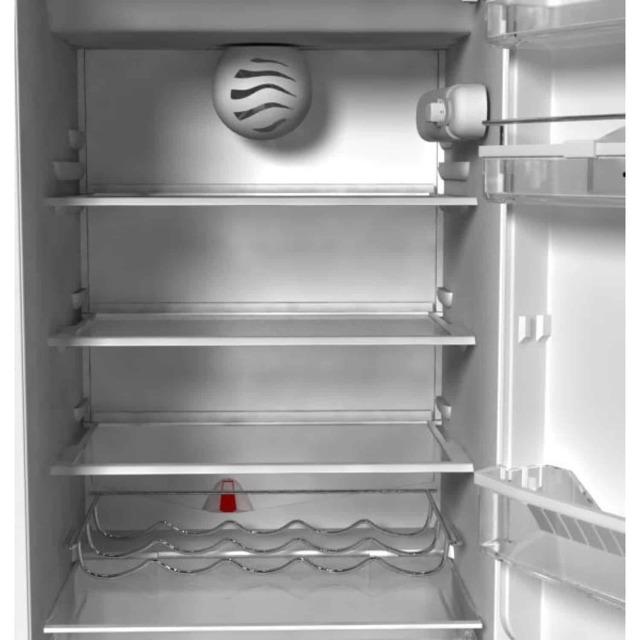 Холодильник работал с открытой дверцей, вредно ли это?