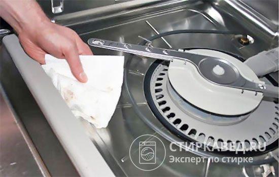 Как включить посудомоечную машину? Инструкция для чайников