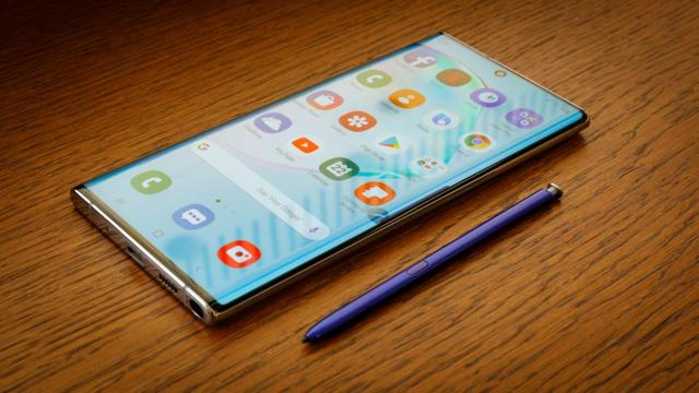 Лучшие смартфон с 8 Гб оперативной памяти в начале 2019 года