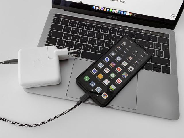 iphone 11 vs xiaomi mi 9 – стоит ли переплачивать? Сравнение