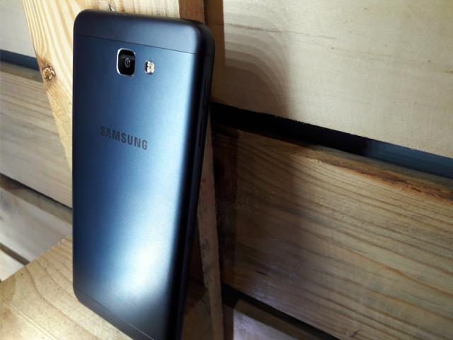 Сравнение смартфонов: samsung galaxy j5 или j5 prime – что лучше?