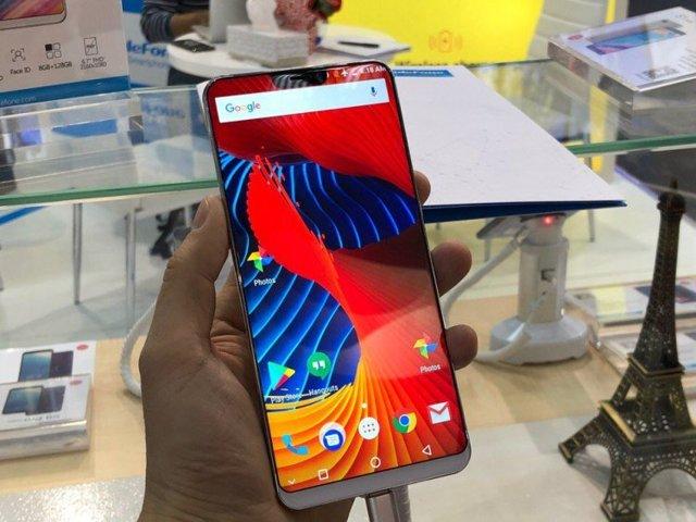 lenovo создал свою копию iphone x