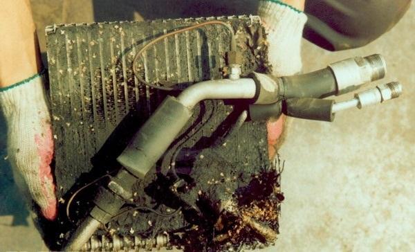 Утечка фреона из кондиционера: причины, признаки и предотвращение