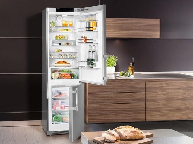 Сколько мощности потребляет холодильник в среднем?