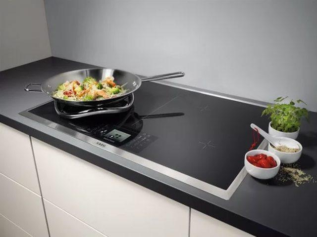 Встраиваемая плита или обычная – какую выбрать?