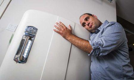 Новый холодильник громко работает: нормально ли это? Причины, неисправности