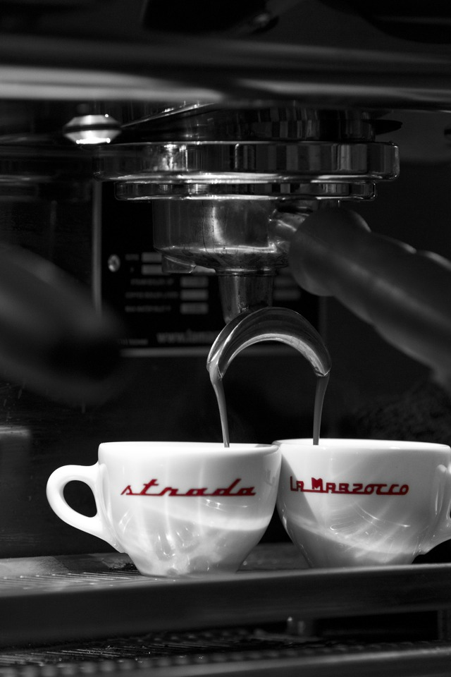 Как правильно варить кофе в кофеварке?