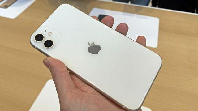 iphone 11 vs iphone xs – что лучше выбрать? Сравнение смартфонов