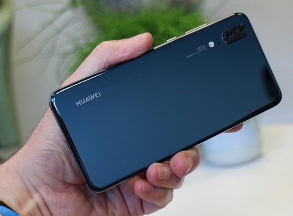 Новый huawei p20 plus повторяет дизайн iphone x