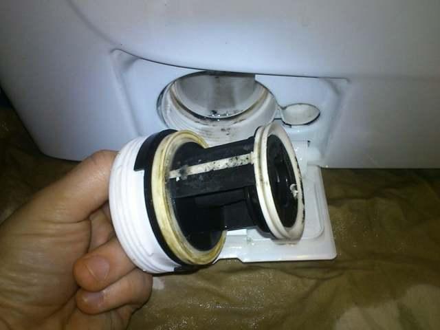 Почему гудит стиральная машинка, как справиться с проблемой?