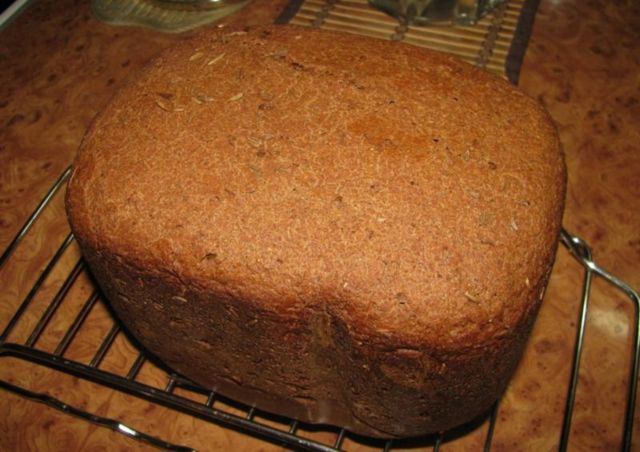 Какая хлебопечка печет бездрожжевой хлеб? Лучшие модели