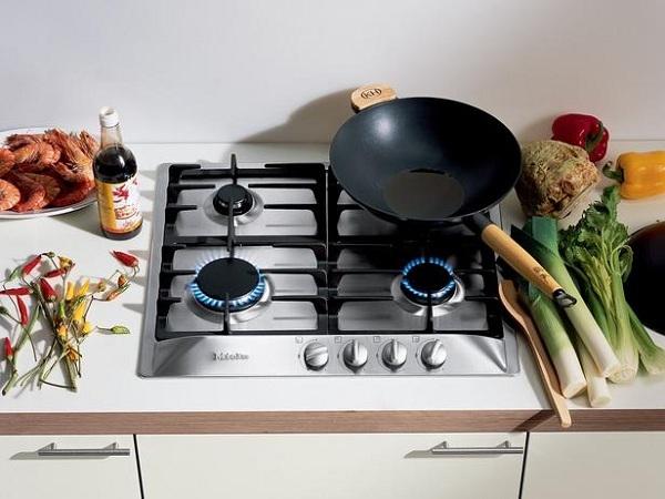 Индукционная или газовая плита – какую лучше выбрать?