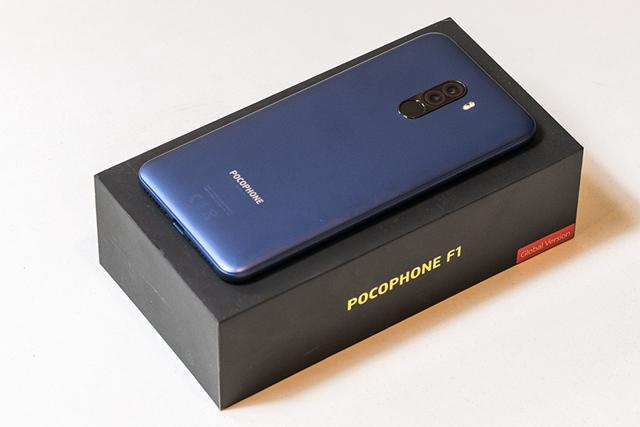 pocophone f1   обзор конкурентов, сравнение, аналоги