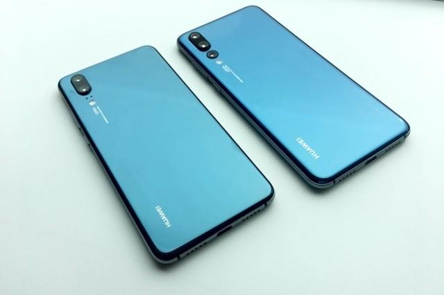 В Сети появились фото смартфона huawei p20 с тремя камерами