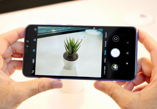 Лучшие недорогие телефоны с хорошей камерой и батареей (2019)