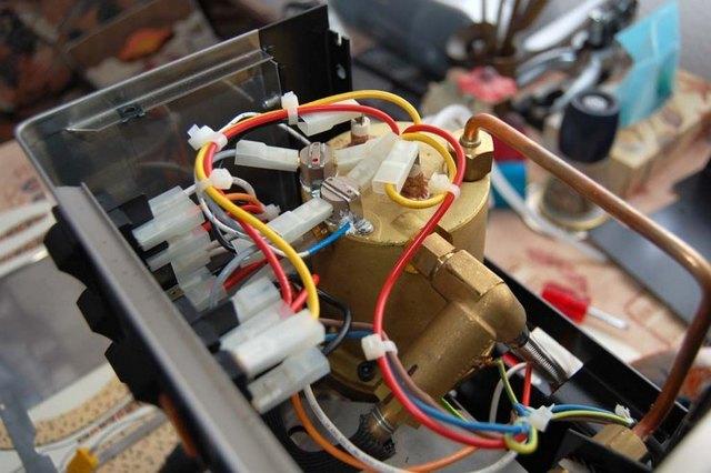 Кофеварка бойлер или термоблок: что лучше выбрать?