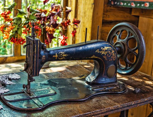 Выбираем швейную машинку для дома