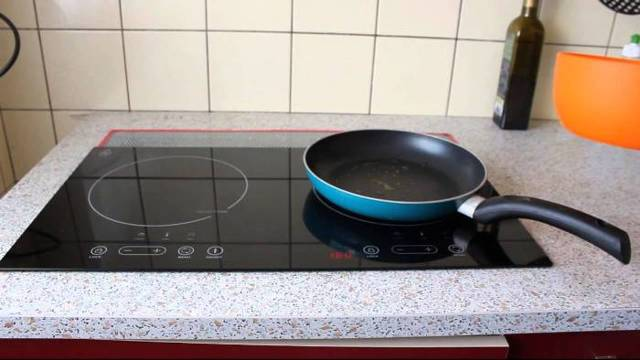 Индукционная или керамическая плита - какая лучше?